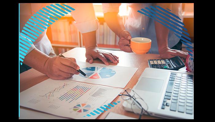 Aprenda a criar um quadro de modelo de negócios para renovar sua empre a301840075