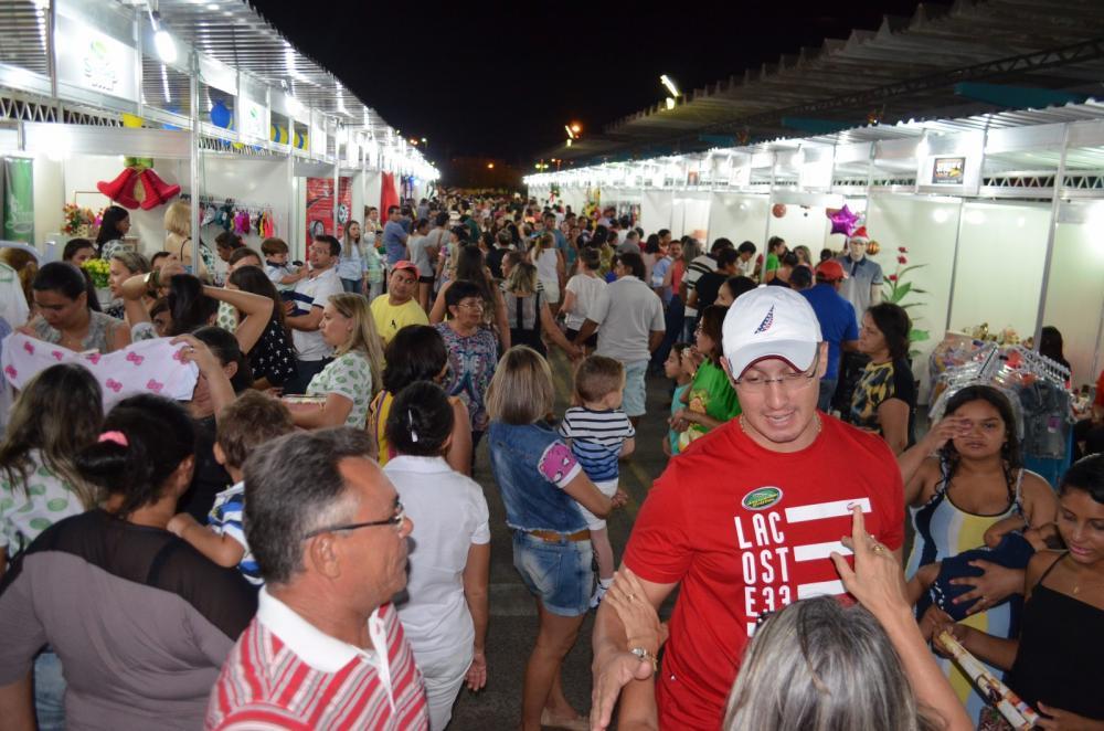 Feira de negócios da região Jaguaribana - FENERJ 2017  f02d6b190ae